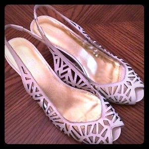 Vince Camuto Candy Pearl White Patent Heels